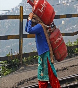 Caption : A WOMAN WORKING HARDName : Subhash Purohit